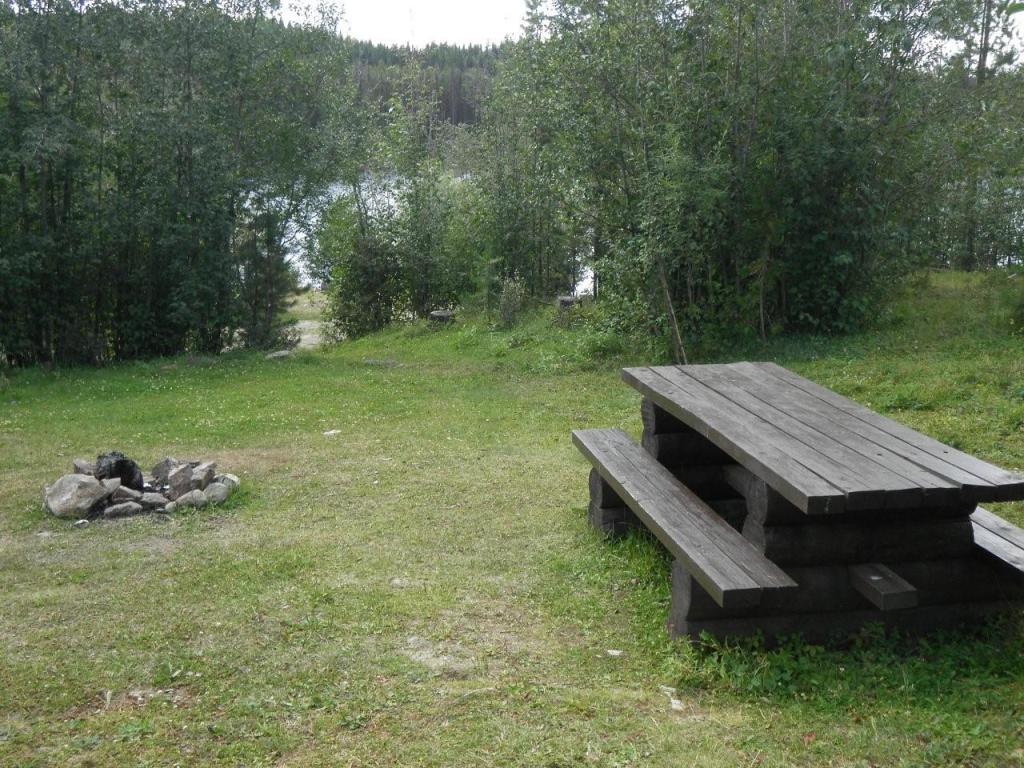 Nicklen Lake East