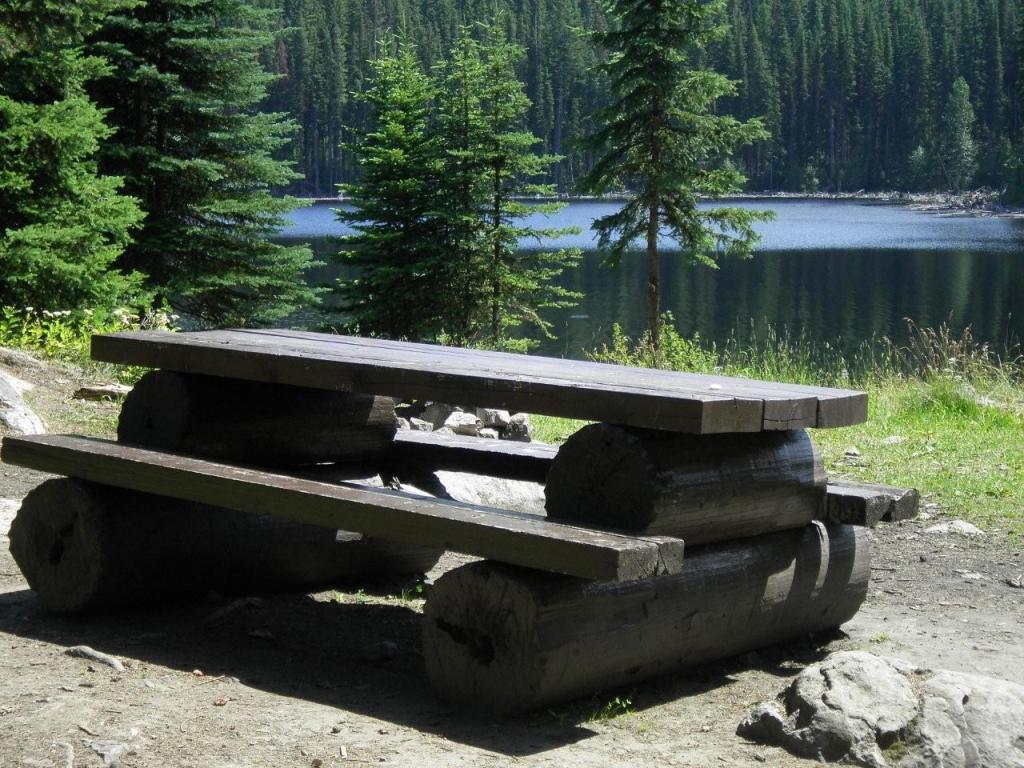 Damer Lake