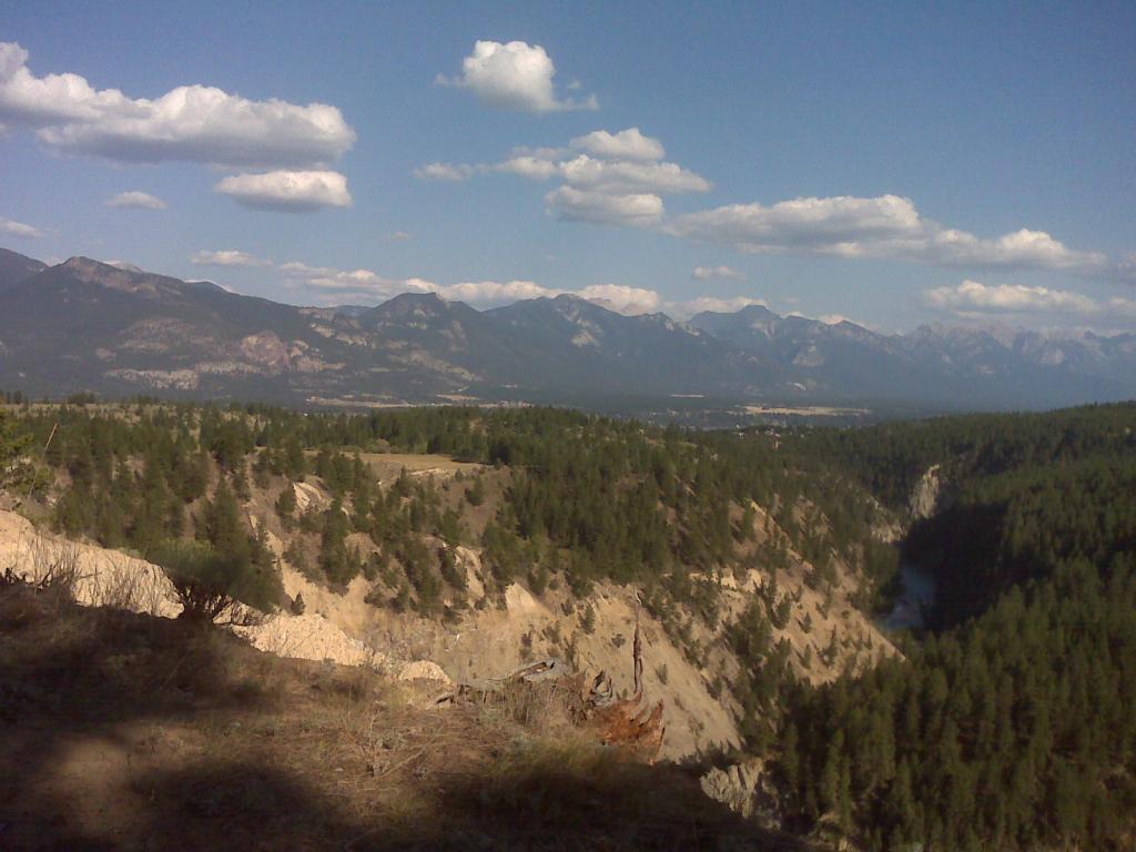 Lillian Lake Trails